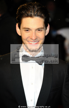 ben barnes chronicles narnia prince caspian english actors england acting thespian male celebrities celebrity fame famous star white caucasian portraits