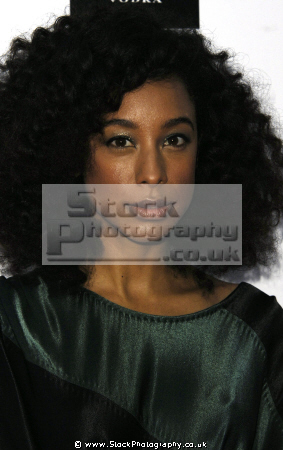 corinne bailey rae british singer-songwriter singer songwriter singersongwriter guitarist female singers divas pop stars musicians celebrities celebrity fame famous star black negroes ethnic portraits