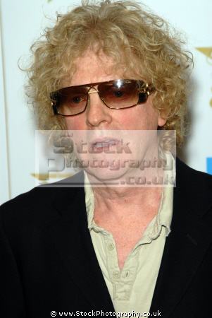 ian hunter lead singer mott hoople brtish 60 singers sixties vocalists musicians celebrities celebrity fame famous star white caucasian portraits