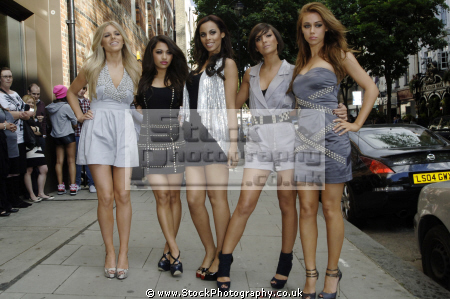 saturdays british irish girl group frankie sandford mollie king una healy vanessa white rochelle wiseman manufactured bands groups female singers divas pop stars musicians celebrities celebrity fame famous star caucasian portraits