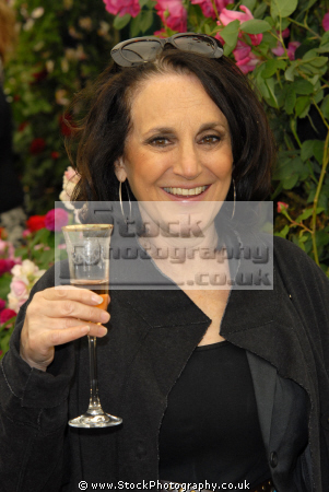 lesley joseph english actress bbc sitcom birds feather actresses england female thespian acting celebrities celebrity fame famous star females white caucasian portraits