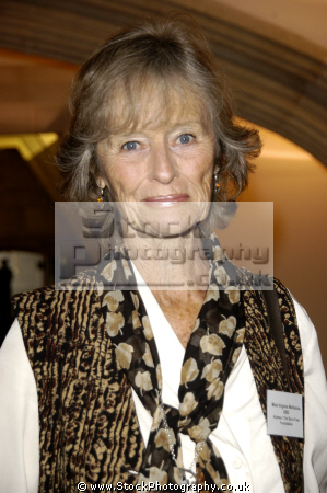 virginia mckenna obe british stage screen actress author wildlife campaigner film born free english actresses england female thespian acting celebrities celebrity fame famous star females white caucasian portraits