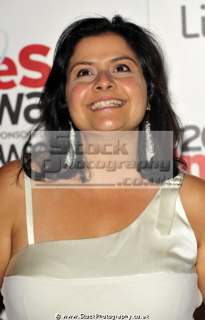 nina wadia indian british actress bbc sketch goodness gracious english actresses england female thespian acting celebrities celebrity fame famous star males white caucasian portraits