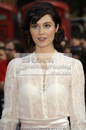 mary elizabeth winstead american actress horror films actresses usa female thespian acting celebrities celebrity fame famous star males white caucasian portraits