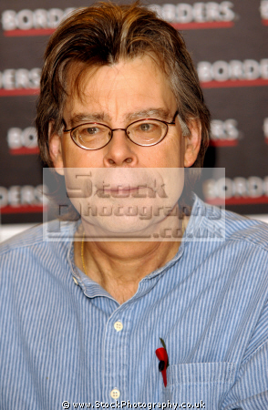 stephen king american author contemporary horror suspense science fiction fantasy authors writer celebrities celebrity fame famous star white caucasian portraits