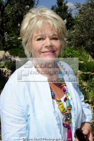 judith chalmers obe english television presenter wish here... british tv travel hosts presenters celebrities celebrity fame famous star white caucasian portraits