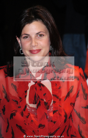 kirstie allsopp british tv presenter channel property programmes location presenters house makeover television celebrities celebrity fame famous star white caucasian portraits
