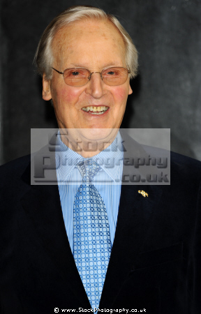 nicholas parsons obe english actor radio television presenter british tv game hosts play presenters celebrities celebrity fame famous star grantham lincolnshire white caucasian portraits