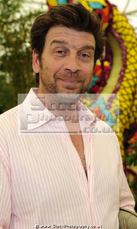 nick knowles english television presenter british presenters celebrities celebrity fame famous star white caucasian portraits