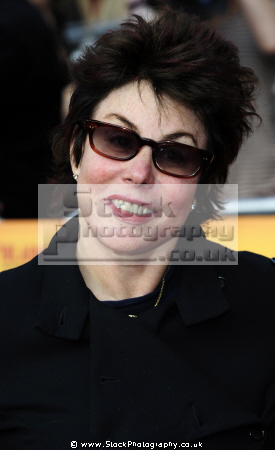 ruby wax american comedienne british tv comedy presenters comic comedic funny television celebrities celebrity fame famous star white caucasian portraits