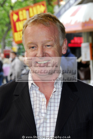 les dennis british comedian tv presenter english comedians comedic funny laughter humour humor performers celebrities celebrity fame famous star males white caucasian portraits