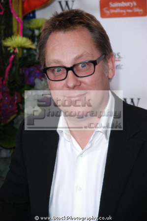 vic reeves english comedian double act bob mortimer comedians comedic funny laughter humour humor performers celebrities celebrity fame famous star males white caucasian portraits