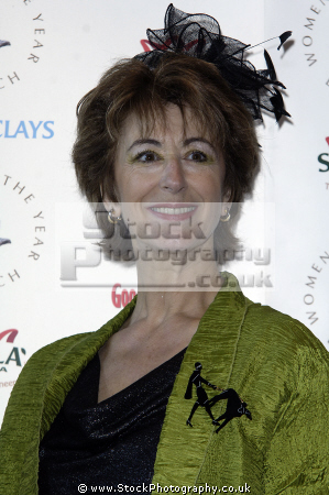 maureen lipman cbe british film theatre television actress columnist comedienne married late dramatist jack rosenthal comediennes comedians performers celebrities celebrity fame famous star jewish females white caucasian portraits