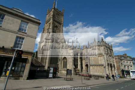 parish church market place cirencester midlands towns england english gloucestershire angleterre inghilterra inglaterra united kingdom british