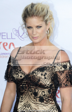 rachel hunter new zealand model actress reality tv known sports illustrated cover marriage singer rod stewart supermodels models supermodel modelling fashion style celebrities celebrity fame famous star white caucasian portraits