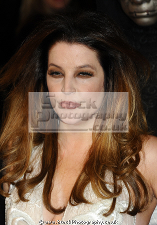lisa marie presley actress dallas elvis wife celebrity spouses wags wives girlfriends famous people fame celebrities star females white caucasian portraits