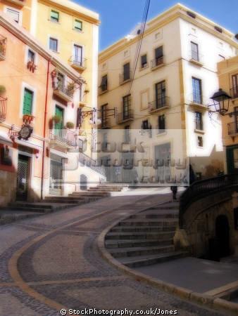 spanish city tarragona baixada la miseric rdia steep cobbled street near cathedral costa dorada mediterranean catalunya catalonia espana european espagne espa daurada durada steps curving brava spain spanien spagna
