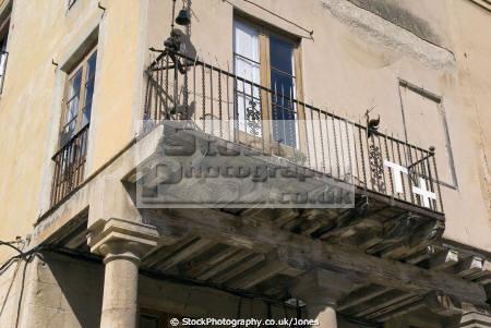 spanish city tarragona wooden supports balcony costa dorada mediterranean catalunya catalonia espana european espagne espa daurada durada brava spain spanien la spagna