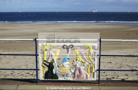 redcar sculpture railings showing punch judy uk monuments british architecture architectural buildings teesside art public seaside yorkshire england english angleterre inghilterra inglaterra united kingdom