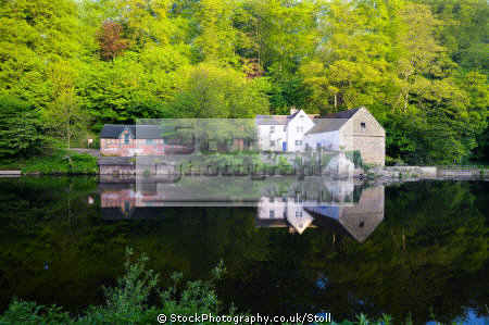 river wear durham north east england countryside rural environmental reflections historic cities boat house cottages english angleterre inghilterra inglaterra united kingdom british