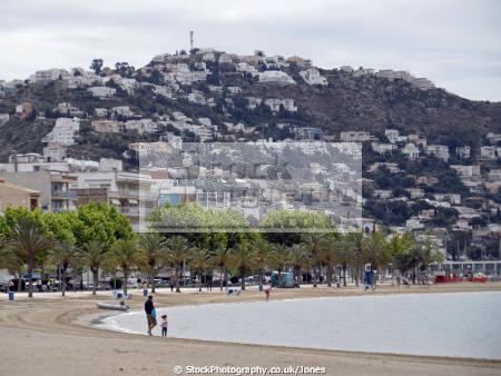 roses spain beach promenade catalunya catalonia spanish espana european rosas espagne espa resort santa margarida margarita seaside costa brava spanien la spagna