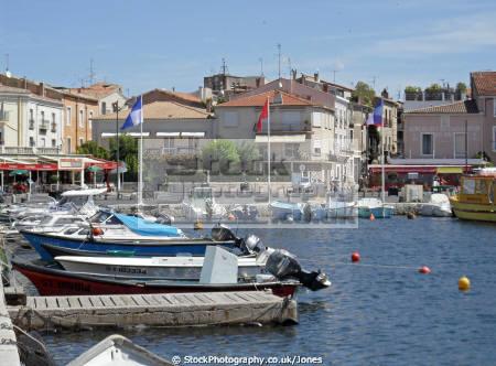 languedoc france town harbour ze bassin thau french landscapes european herault rouissillon montpellier mediterranean haven port quayside marina roussillon la francia frankreich