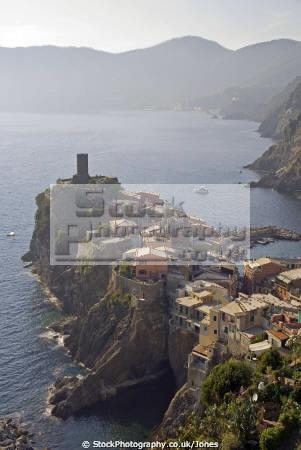 italy cinque terre walking sentiero azzurro corniglia vernazza looking town liguria italian european italia riviera mediterranean lands italien italie