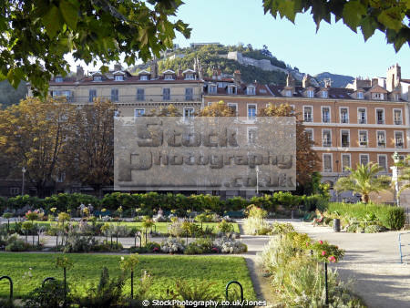 grenoble france parc ville french european alpine mountains rh ne alpes town city jardin la francia frankreich
