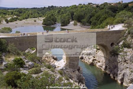 languedoc france gorges rault pont du diable french buildings european herault gorge chasm bridge transparent turquoise st guilhem le sert river roussillon la francia frankreich
