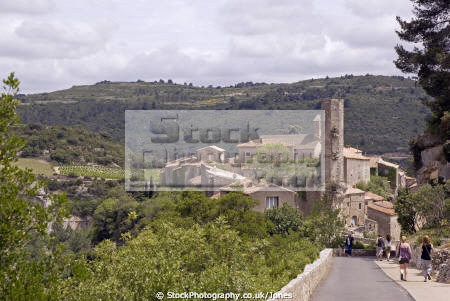 languedoc france village minerve remains chateau french landscapes european herault rault plus beaux villages bridge roussillon la francia frankreich