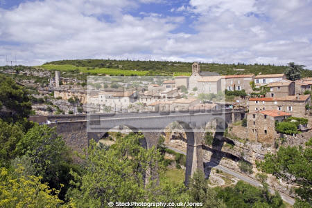 languedoc france village minerve remains chateau french landscapes european herault rault plus beaux villages bridge roussillon la francia frankreich