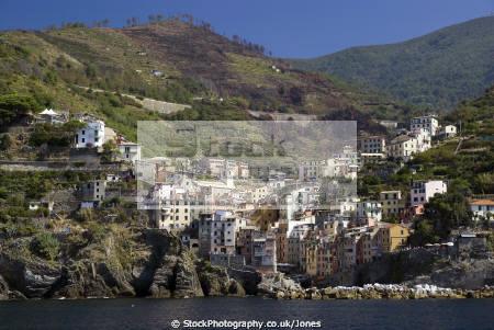 town riomaggiore italy cinque terre taken ferry liguria italian european italia riviera mediterranean lands italien italie