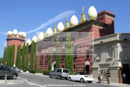 theatre museu dali figueras gallery dedicasted surrealist painter salvador catalunya catalonia spanish espana european gallert art spain spanien espa espagne la spagna