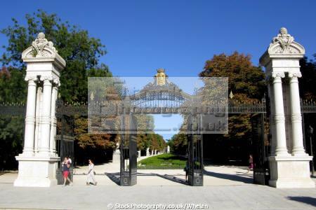 gates retiro park madrid spanish espana european spain spanien espa espagne la spagna