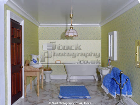 inside doll house bathroom leisure dolls model hobby pastime miniature georgian toilet washroom derby derbyshire england english angleterre inghilterra inglaterra united kingdom british