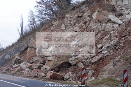 landslip d940 near beaulieu sur dordogne limousin france geology geological science seismic landslide subsidence correze la francia frankreich french