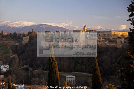 granada spain alhambra sierra nevada mountains lit setting sun taken mirador san nicolas andalucia spanish espana european andalusia espagne espa fortress palace gardens twilight sunset evening spanien la spagna