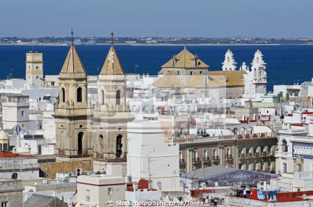 cadiz andalusia spain view city rooftops watchtower torre tavira andalucia spanish espana european diz atlantic espagne espa catedral religion religious catholic spanien la spagna