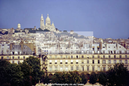 paris skyline sacre coeur montmartre taken roof restaurant musee orsay french european france cathedral catholic paul abadie parisienne la francia frankreich