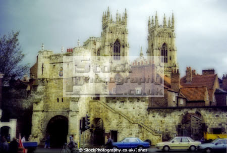 city york gilly gate minster uk cathedrals worship religion christian british architecture architectural buildings main high petergate anglican archbishop fortified walls tower yorkshire england english angleterre inghilterra inglaterra united kingdom