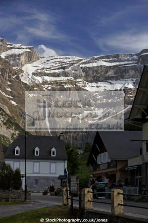 village gavarnie distant cirque french pyrenees landscapes european france hautes midi pyr es lourdes pau mountains alpine cascades waterfalls la francia frankreich