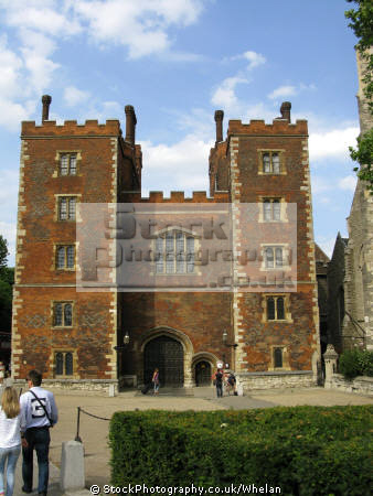 lambeth palace historical uk buildings history british architecture architectural archbishop residence london cockney england english angleterre inghilterra inglaterra united kingdom