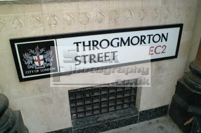 throgmorton street sign signs famous streets london capital england english uk money greed power stock market business city cockney angleterre inghilterra inglaterra united kingdom british