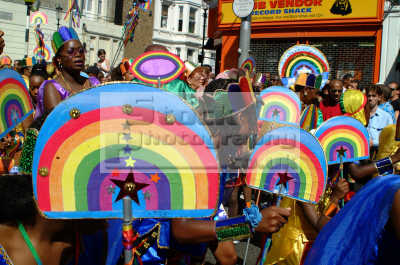 rainbow costumes notting hill carnival london events capital england english uk black culture street colour color parade celebrate afro carribean party kensington chelsea cockney angleterre inghilterra inglaterra united kingdom british