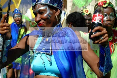 celebrate coca cola notting hill carnival london events capital england english uk black culture street colour color parade afro carribean party soda coke pop kensington chelsea cockney angleterre inghilterra inglaterra united kingdom british