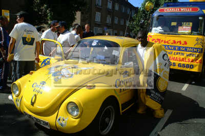 corona beer yellow vw notting hill carnival london events capital england english uk black culture street colour color parade celebrate afro carribean party kensington chelsea cockney angleterre inghilterra inglaterra united kingdom british