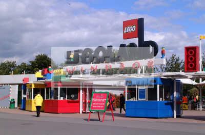 legoland entrance theme park uk parks amusement tourist attractions leisure models berkshire england english angleterre inghilterra inglaterra united kingdom british