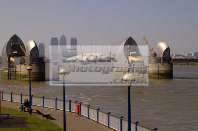 thames barrier canary wharf millenium dome se7 flood defences london capital england english uk office blocks multinational corporations business financial banking urban regeneration river cockney angleterre inghilterra inglaterra united kingdom british