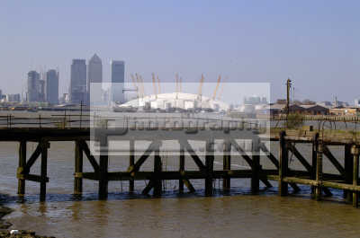 disused pier millenium dome canary wharf distant se7 docklands docks famous sights london capital england english uk greenwich cockney angleterre inghilterra inglaterra united kingdom british