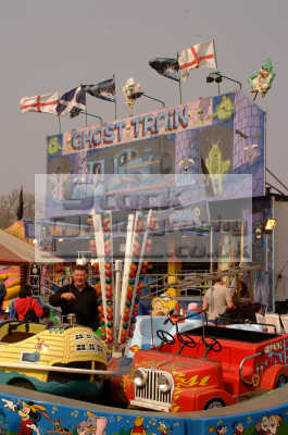 funfair kiddies rides ghost train fairground carnival fairs leisure uk lambeth london cockney england english angleterre inghilterra inglaterra united kingdom british